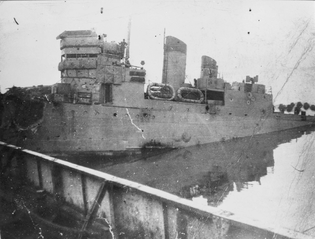 Kriegsmarine - Page 16 A-129_11