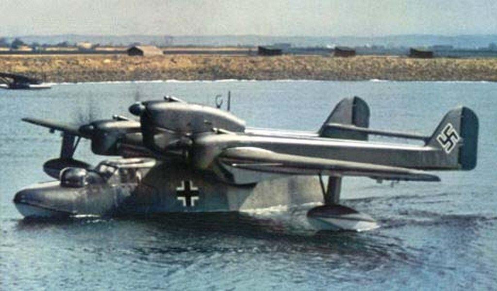 Petite histroire des porte-avions d'escorte - 1915-1945 - Page 10 Ad289310
