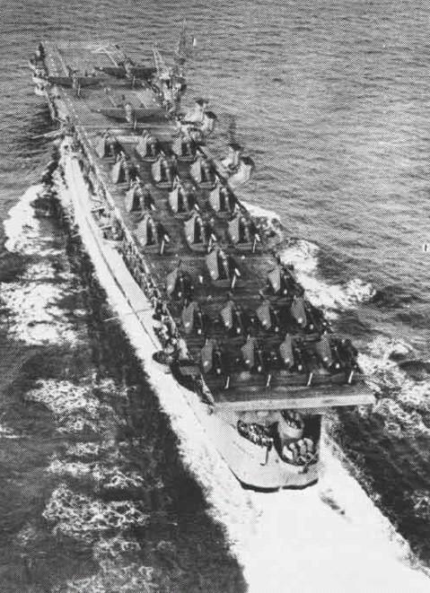 Petite histroire des porte-avions d'escorte - 1915-1945 - Page 9 Cvl-2711