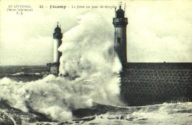 les phares en mer et à terre (2) - Page 69 Fecamp11