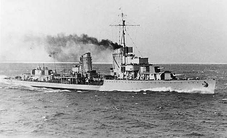 Importantes batailles navales en 1939-1945 - Page 5 Friedr10