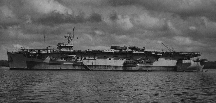 Petite histroire des porte-avions d'escorte - 1915-1945 - Page 11 Hms20b10