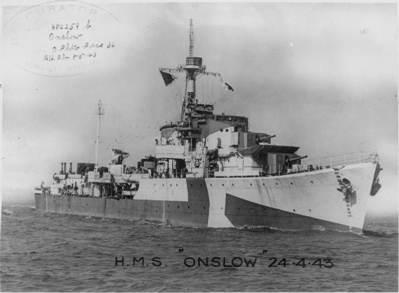 Importantes batailles navales en 1939-1945 - Page 3 Hms_on10
