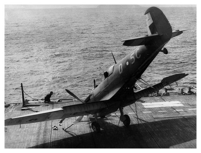Petite histroire des porte-avions d'escorte - 1915-1945 - Page 8 Hunter12