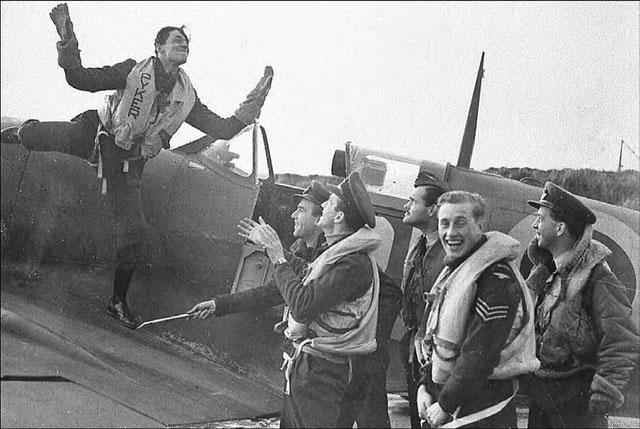 Débarquement du 6 juin 1944 : un reportage sonore inédit ref - Page 3 Image12