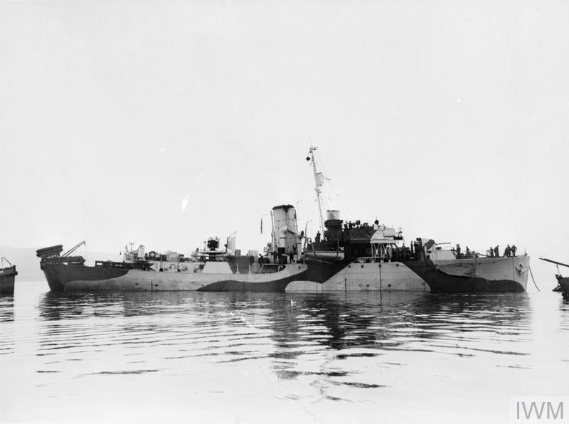 La guerre sous-marine et de surface 1939 - 1945 - Page 10 Large_14