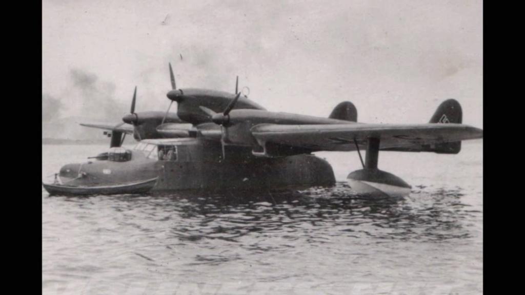 Petite histroire des porte-avions d'escorte - 1915-1945 - Page 10 Maxres13