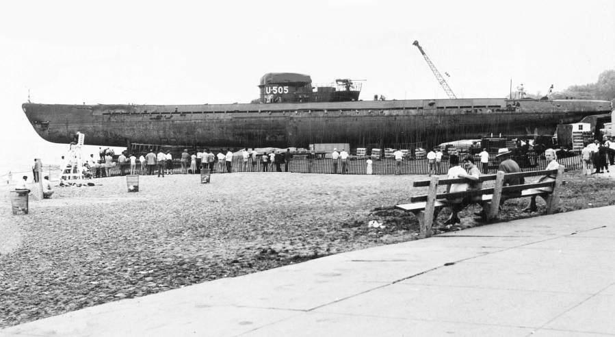 Petite histroire des porte-avions d'escorte - 1915-1945 - Page 13 Septem10