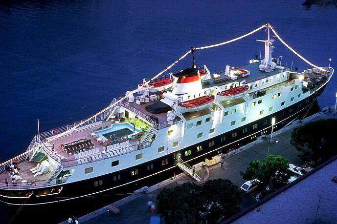 Qui peut m'identifier ce bateau - Page 7 Stella14