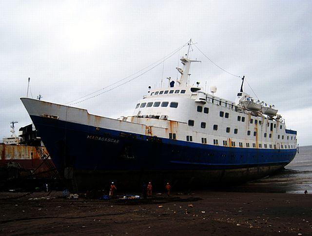 Qui peut m'identifier ce bateau - Page 7 Stella15
