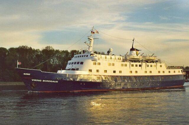 Qui peut m'identifier ce bateau - Page 7 Stella16
