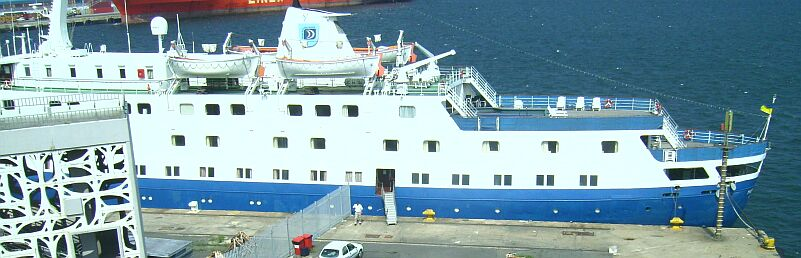 Qui peut m'identifier ce bateau - Page 7 Stella18