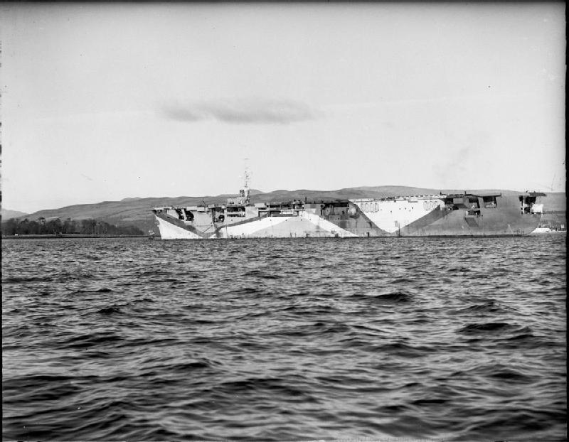Petite histroire des porte-avions d'escorte - 1915-1945 - Page 11 The_ba10