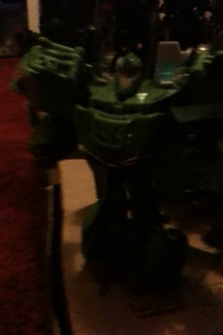 Guerres Transformers! Montrez-moi vos batailles et guerres épiques en photo ici. - Page 3 Img_0114