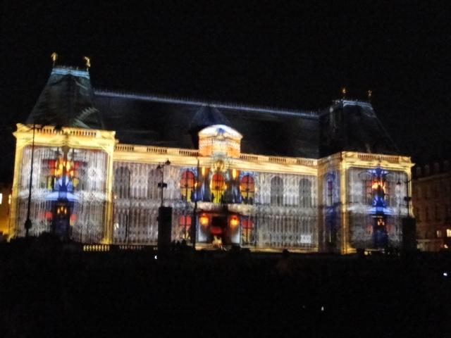 Rennes: découvrez les illuminations du Parlement de cet été Dsc09020