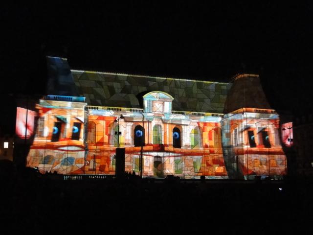 Rennes: découvrez les illuminations du Parlement de cet été Dsc09024