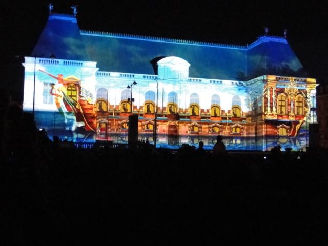 Rennes: découvrez les illuminations du Parlement de cet été Dsc09025