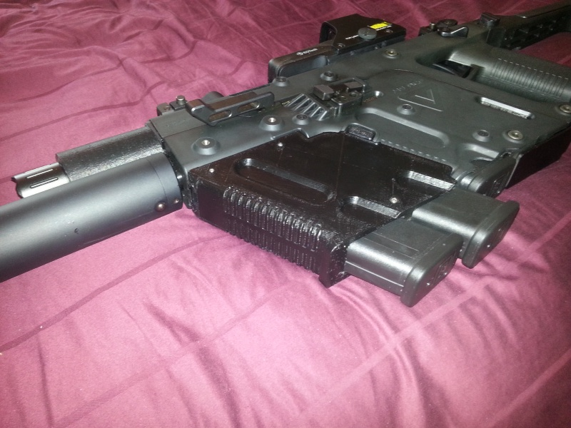 Prototype: Dual Mag Holder Grip - Cadet II Flashlight Adapter & Cable Hold Down Dualma10
