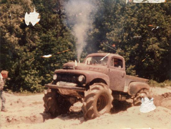 Old school photo of Grave Digger Monster Truck (Mud Truck Pick Up) 65183_10