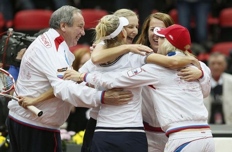 FED CUP 2013 : Groupe Mondial en course pour le titre - Page 5 Russie10