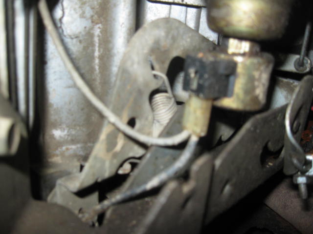 Need some help in diagnosing a runaway throttle issues on 20hp v-twin Img_0811