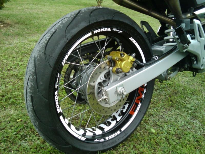 CRM 180cc Malossi SuperMotard Vidéo Page 34 Img_2011