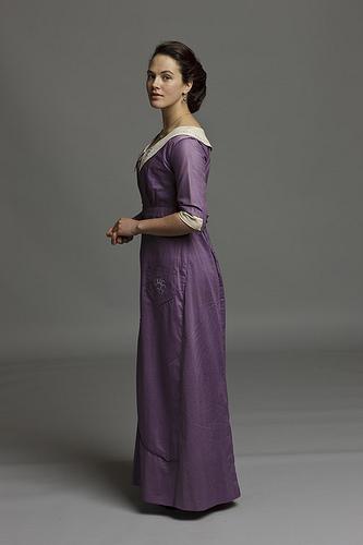 Les plus belles robes vues à l'écran - Page 2 Sybil_11