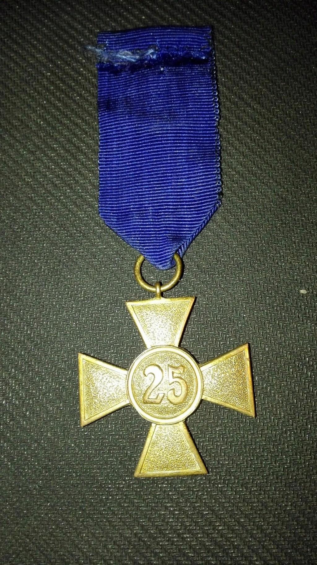 authentification pour cette medaille en vente sur le forum 30221311
