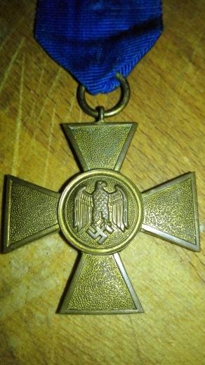 authentification pour cette medaille en vente sur le forum 36087913