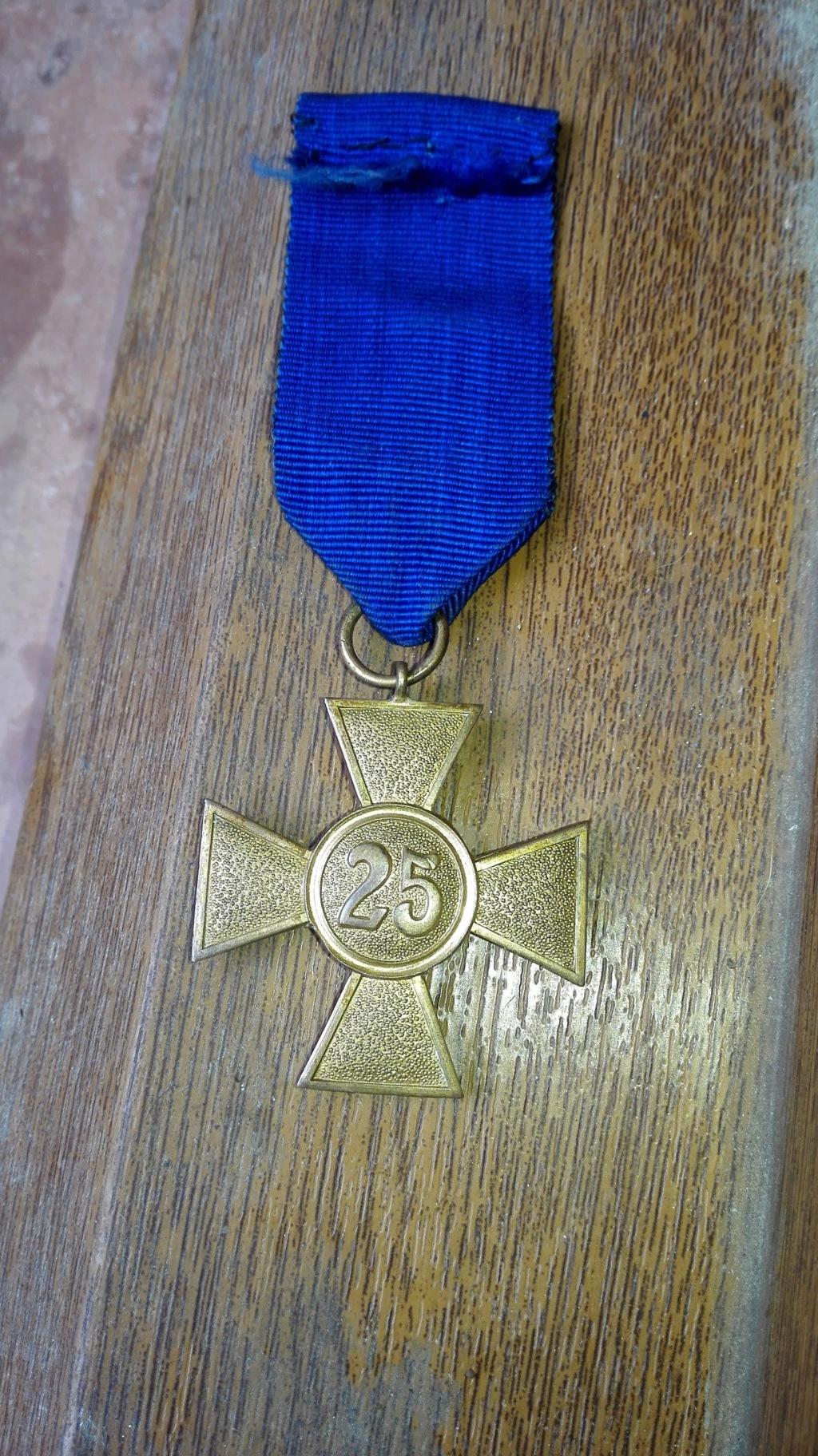 authentification pour cette medaille en vente sur le forum Medail16