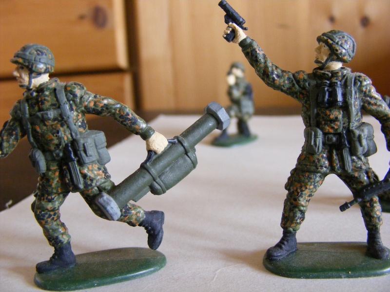 Satz BW-Soldaten 1:35 von Revell Dscf1012