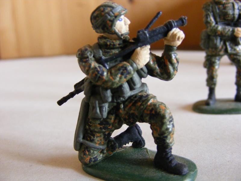 Satz BW-Soldaten 1:35 von Revell Dscf1013