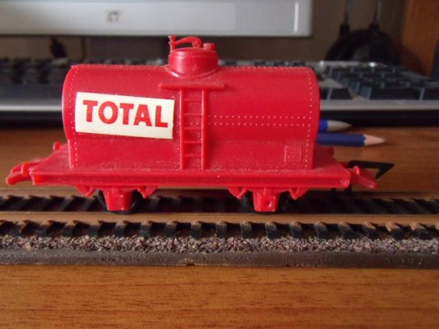 Vieux matériel Jouef Dscf4413