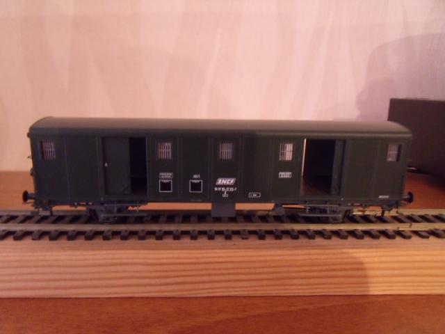 wagon de marchandises REE Dscf5219