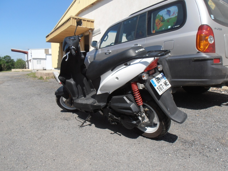 Scooter 125 état neuf 05211