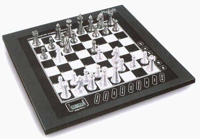 Mephisto from Saitek : Junior Master Chess Computer Saitek10