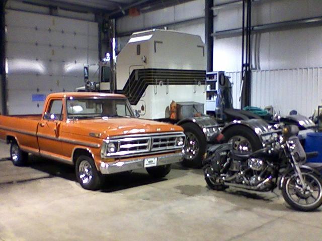 WoW  I knows ya like old iron Trucks13