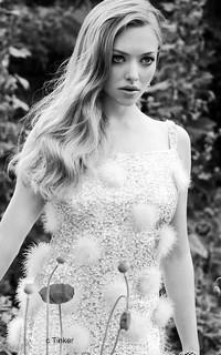 Amanda Seyfried - 200*320 B9gk8i10