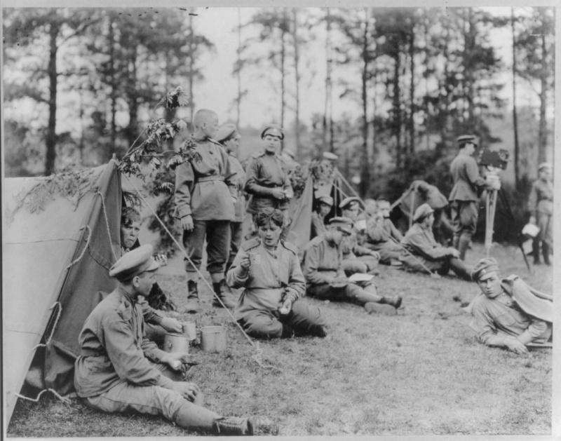 Les femmes Russes dans la grande Guerre Bat_fe10