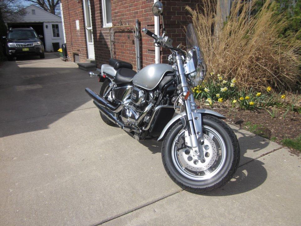 Hi!  VZ800 in Royal Oak, Michigan Melian11