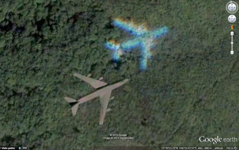 Photos d'avions militaires en plein vol - Page 13 Avion_10