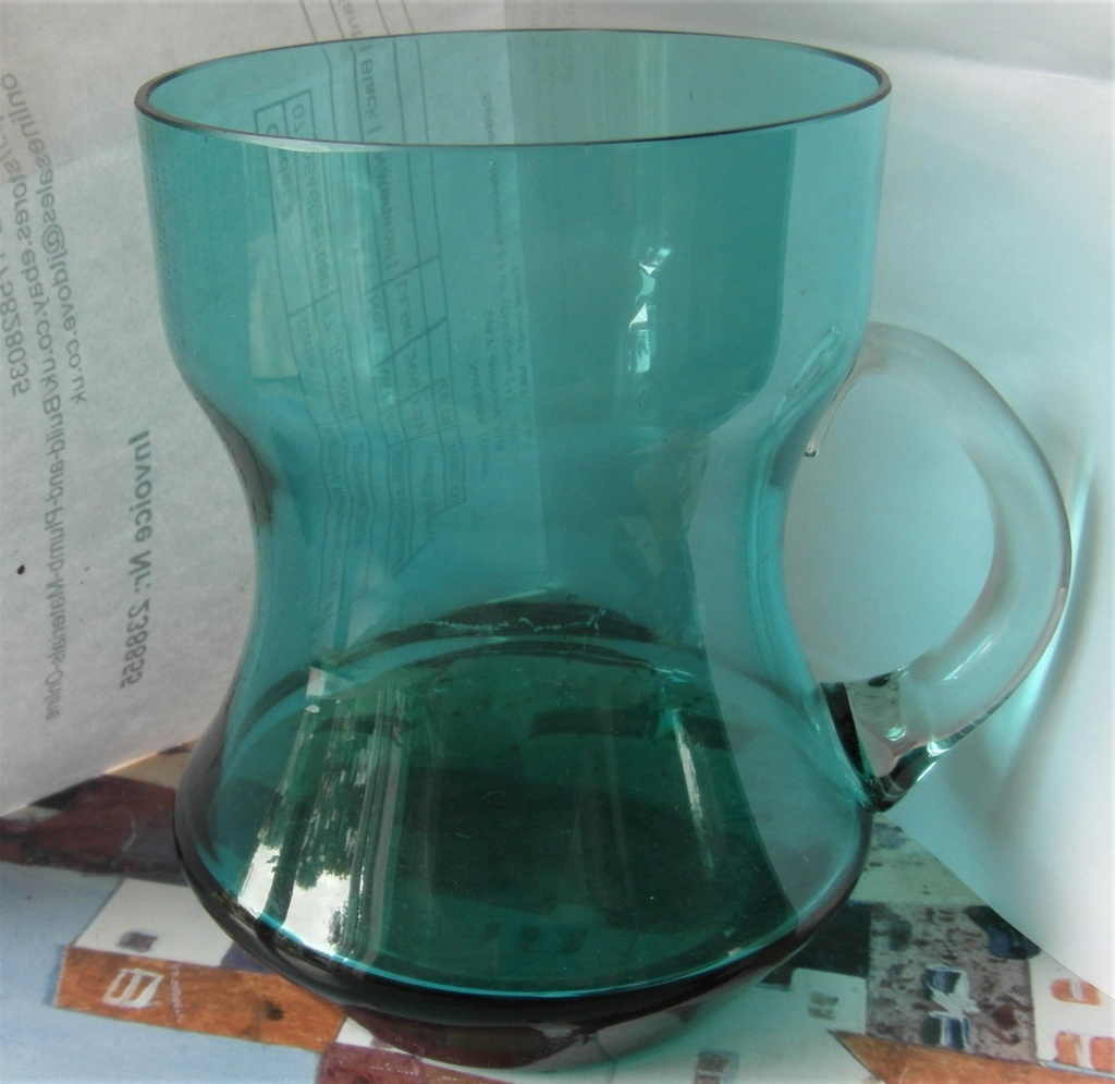 Half pint blue/green glass tankard with clear handle Sam_3610