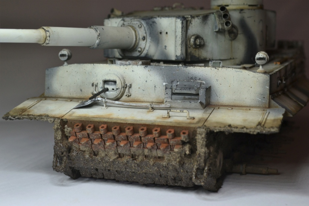 Tiger 1 early production Tamiya 1/25  - Page 4 Dsc_0076