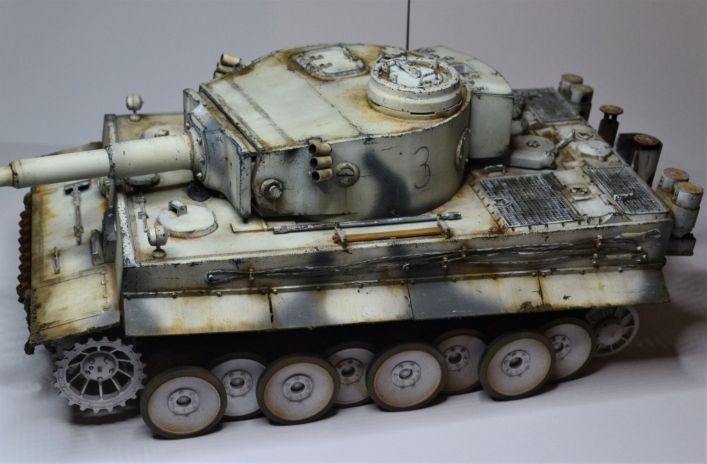 Tiger 1 early production Tamiya 1/25  - Page 4 Dsc_0110