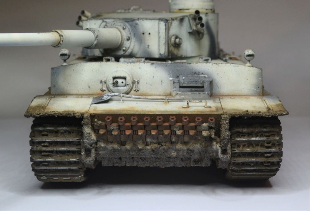 Tiger 1 early production Tamiya 1/25  - Page 4 Dsc_0115