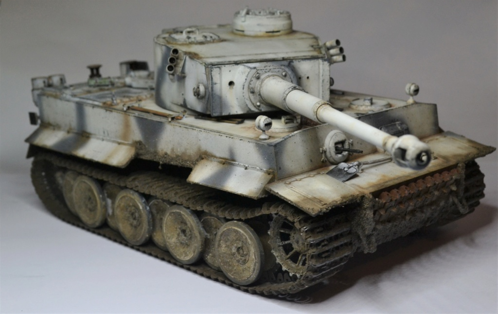 Tiger 1 early production Tamiya 1/25  - Page 4 Dsc_0120