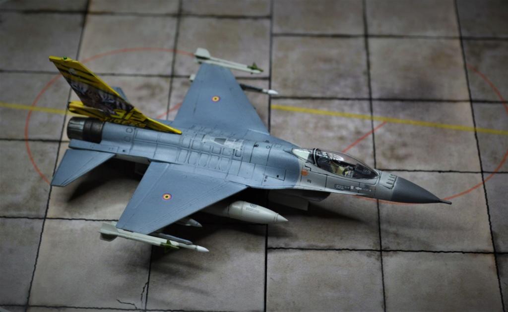 Duo de F16 MLU 1/144 Revell. Dsc_0255