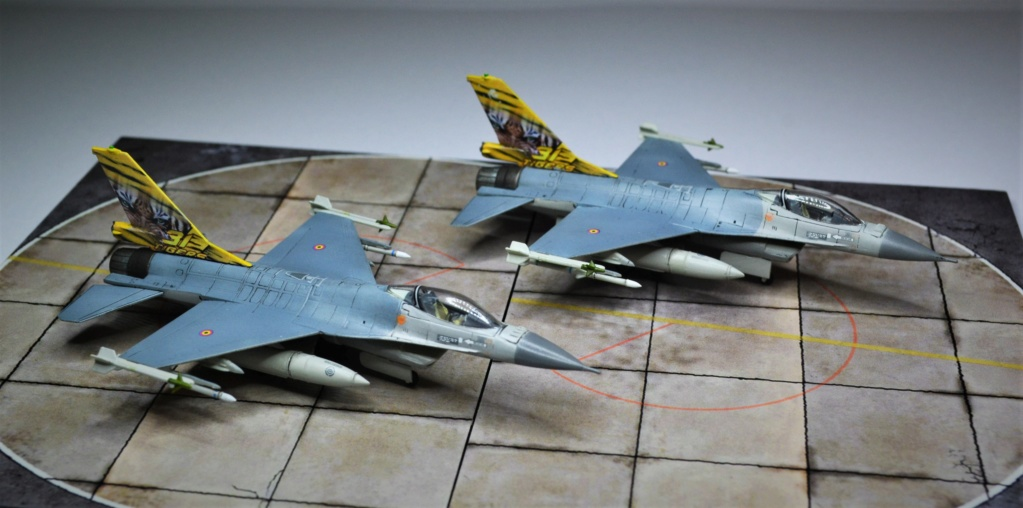 Duo de F16 MLU 1/144 Revell. Dsc_0256