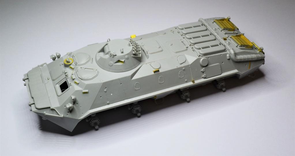 BTR 70 1/35 TRUMPETER . Dsc_0267