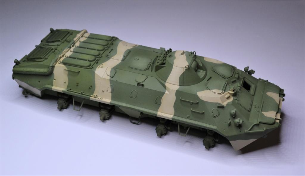 BTR 70 1/35 TRUMPETER . Dsc_0270